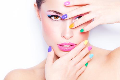 Schöne Nägel sind ein wunderbares Accessoire